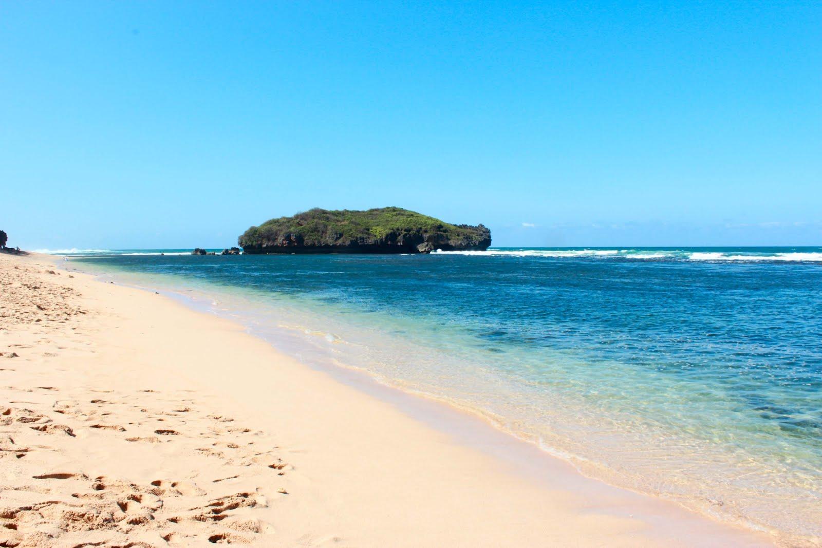 Ini 7 Pantai Tempat Wisata Jogja Tersembunyi
