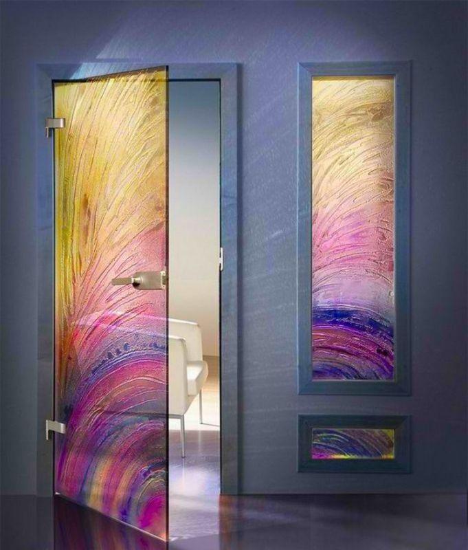 6 Desain Pintu Kaca yang Bikin Hunian Bak Rumah Selebritis